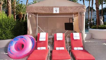 Mandalay Bay Beach Cabana - Reshoot 2016