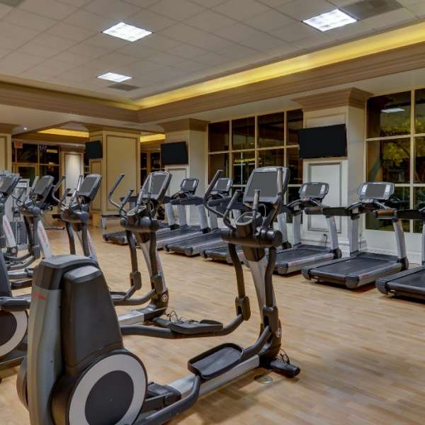 Our 3,000-square-foot fitness center at Spa Mandalay features state-of-the-art equipment to promise a workout for all fitness levels. Over-sized oak lockers contain robes, slippers, and towels, while dressing area vanities include a full line of health and beauty products.