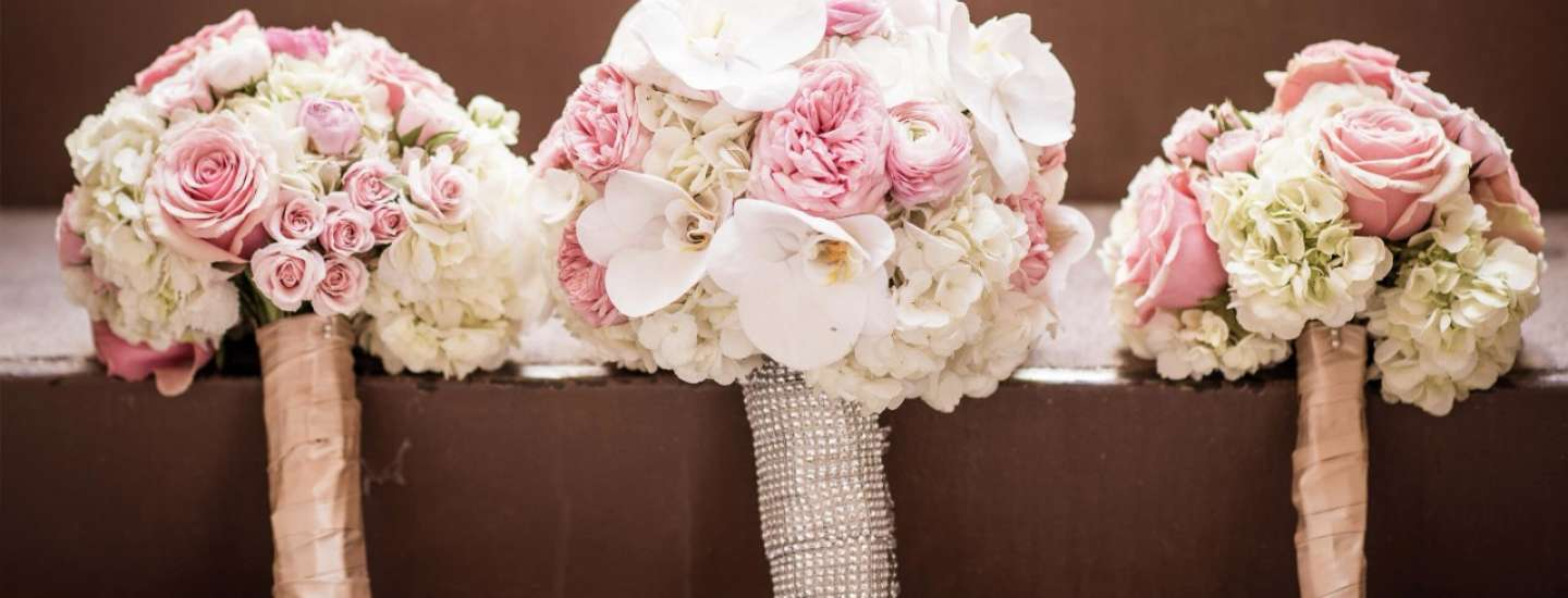mandalay-bay-weddings-services-bouquet-three-display
