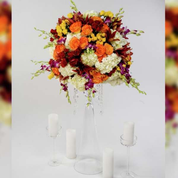 mandalay-bay-weddings-services-centerpiece-orange-flowers