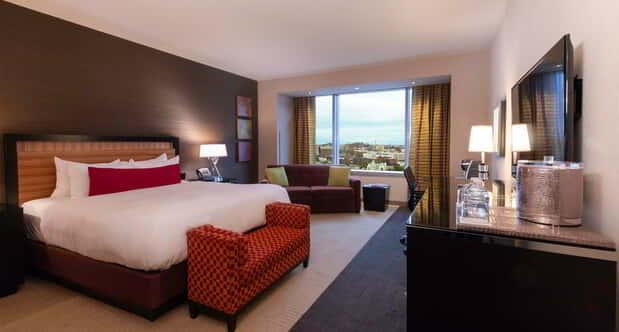 Grand View Luxury King Room.