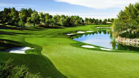 There's nothing quite like Shadow Creek golf course on earth.