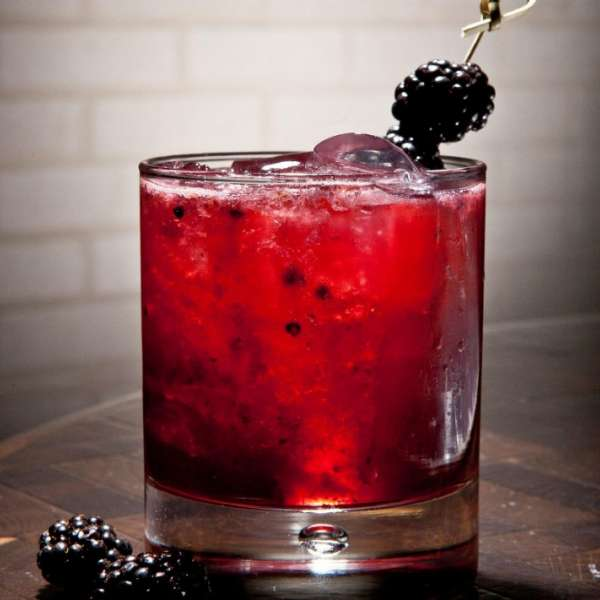 mgm-grand-restaurant-crush-specialty-drinks-rockefeller-berry-crush-@2x