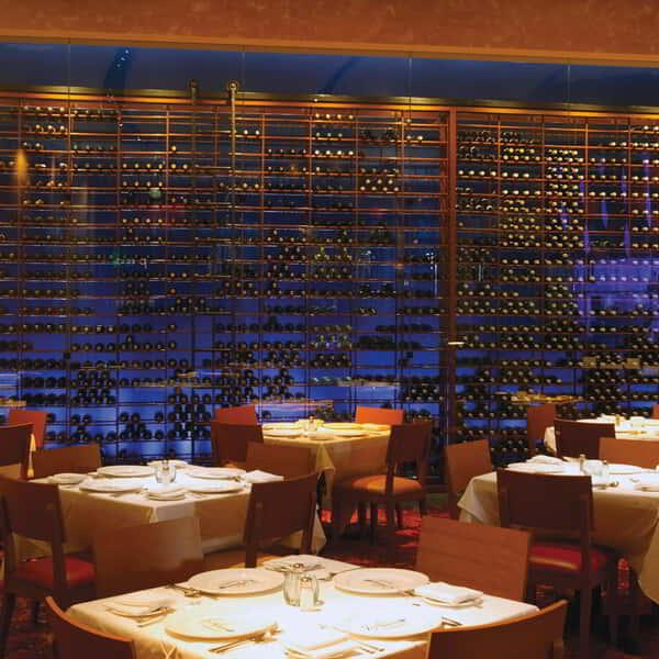 The dining room at Emeril's New Orleans Fish House