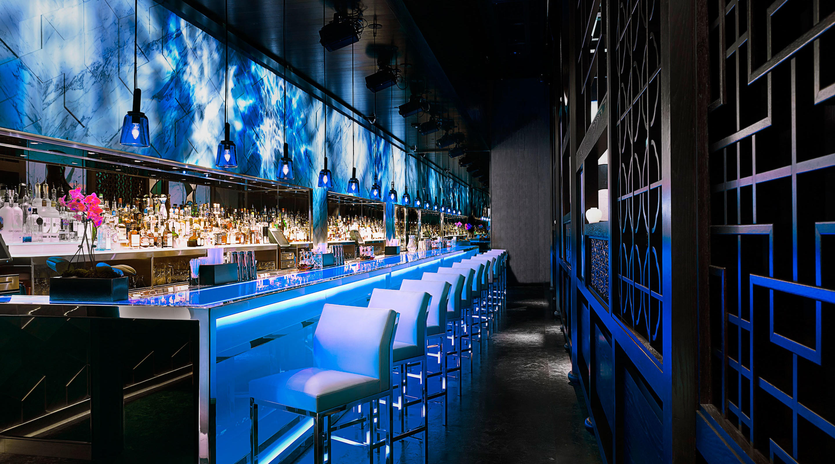 A side view of the Hakkasan Restaurant Bar at MGM Grand
