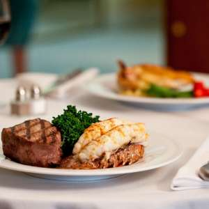 mgm-grand-restraurant-in-room-dining-signature-dish-dinner-steak-lobster-@2x.jpg.image.300.300.high
