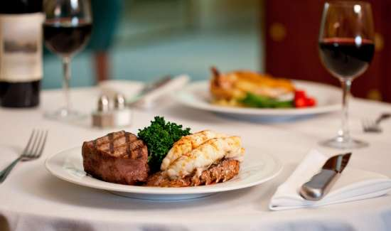 mgm-grand-restraurant-in-room-dining-signature-dish-dinner-steak-lobster-@2x.jpg.image.550.325.high