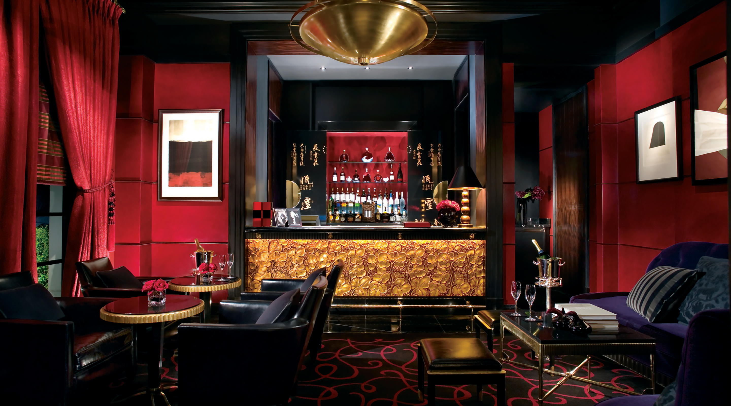 The Joel Robuchon mansion interior.