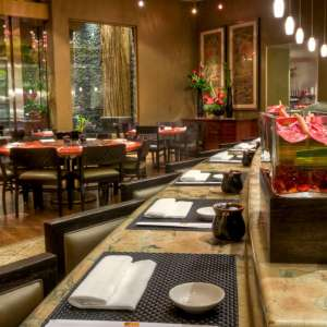 mgm-grand-restaurant-grand-wok-interior-sushi-bar-@2x.jpg.image.300.300.high
