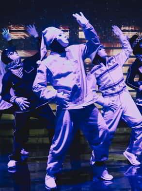 Five Jabbawockeez Dancers with Purple Light