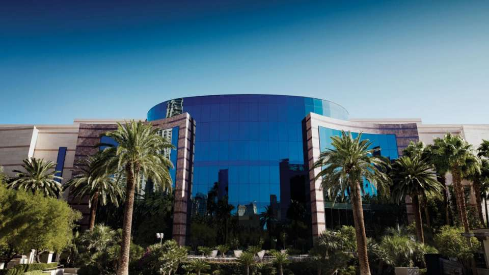 mgm-grand-meetings-grand-conference-center-exterior-hero-@2x