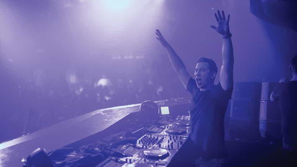 DJ Hardwell performing at Hakkasan Nightclub inside MGM Grand.