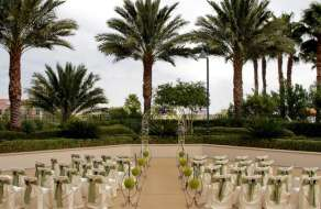 Forever Grand Wedding Chapel at MGM Grand Signature patio Wedding Ceremony