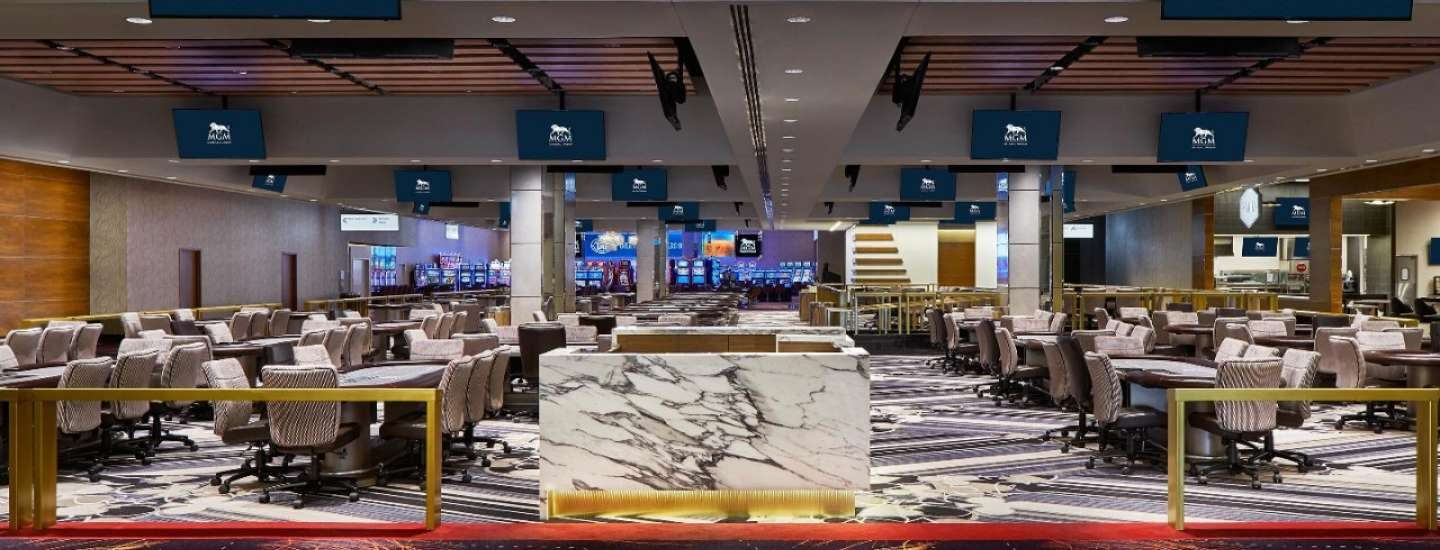 Experience our newly reconfigured Poker Room on the second level of the casino floor.