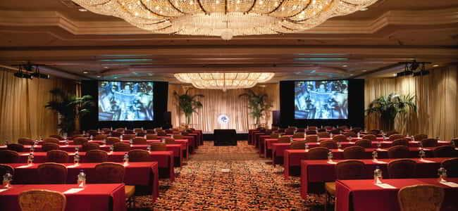 monte-carlo-meetings-ballroom-4-and-5-center-view-split-screens.tif.image.650.300.high