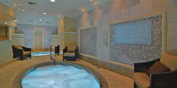monte-carlo-spa-womens-jacuzzi