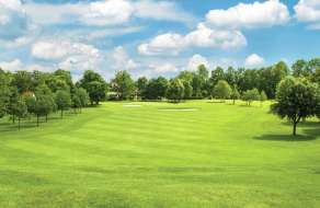 new-york-new-york-amenities-golf