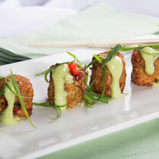 new-york-new-york-dining-chin-chin-crab-cakes