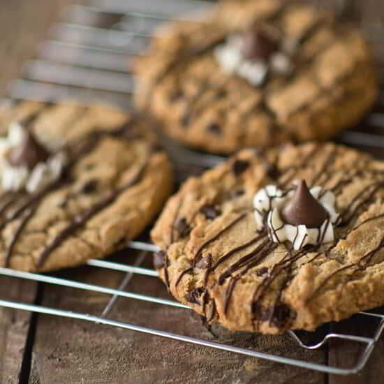 Enjoy a Hersheys cookie drizzled with chocolate.