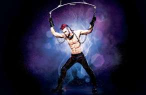 new-york-new-york-entertainment-zumanity-chains