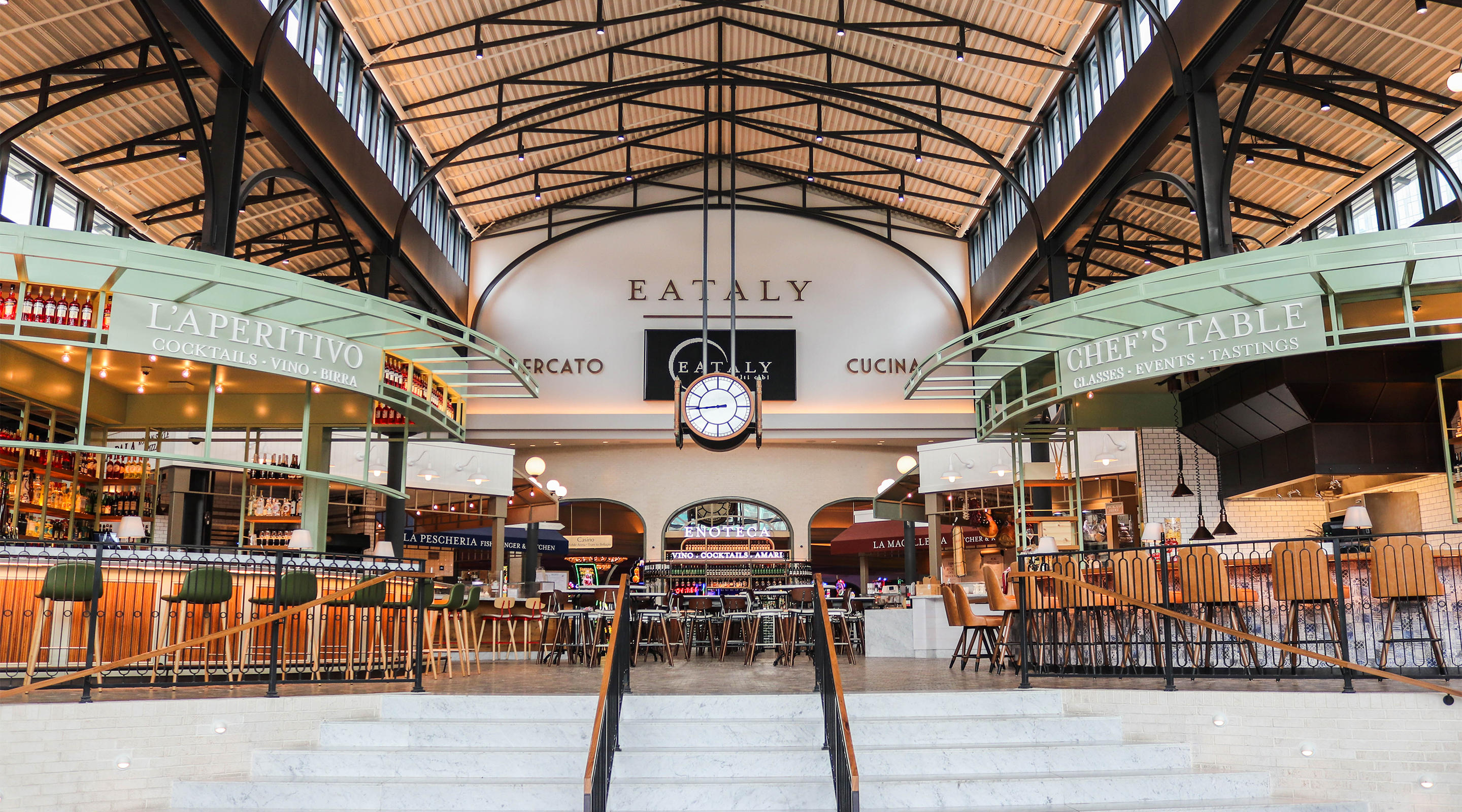 The main entrance of Eataly at Park MGM.