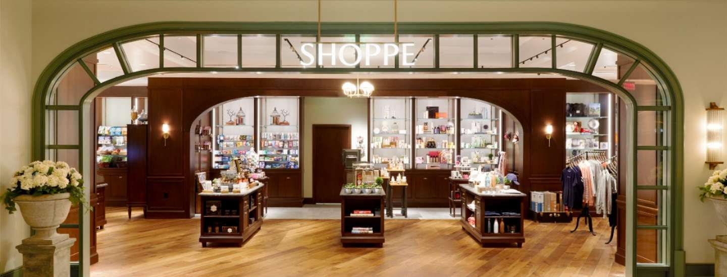 Shoppe at Park MGM offering travel essentials, snacks, spirits, wines, cold beverages and groceries.