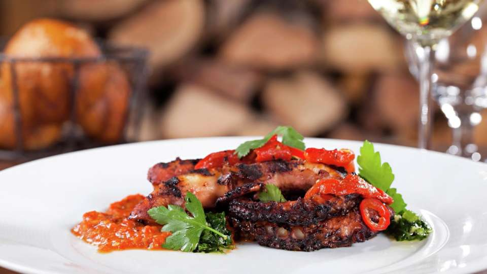 mirage-restaurant-heritage-steak-signature-dish-octopus
