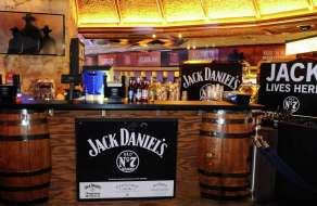 mirage-rodeo-vegas-jack-daniels-bar