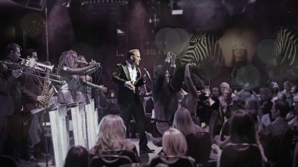 Matt Goss and his 9 piece live band performing to audience at The Mirage, Las Vegas.