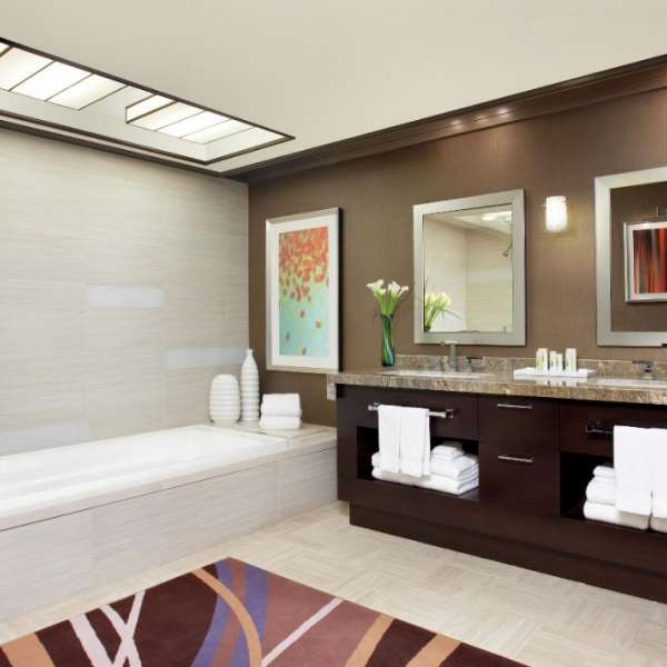mirage-hotel-penthouse-suite-bathroom-architectural