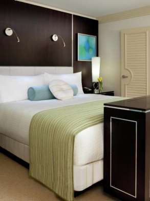 mirage-hotel-tower-suite-bedroom-limeade-architectural