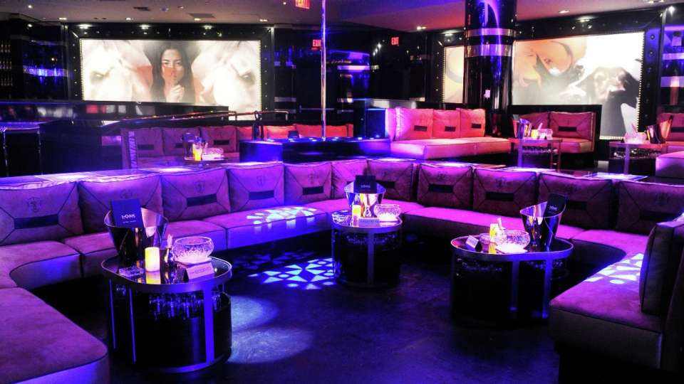 1 OAK Las Vegas offers a one-of-a-kind nightlife experience