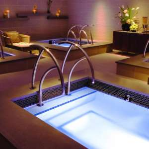 mirage-spa-and-salon-architectural-interior-plunge-pool