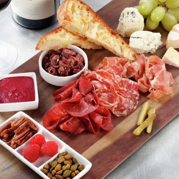 vdara-in-suite-dining-charcuterie-plate