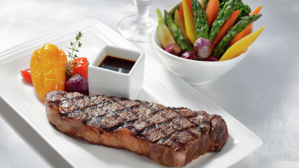 vdara-in-suite-dining-new-york-strip-steak