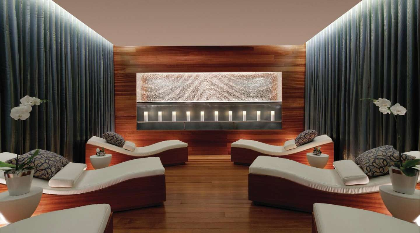 Tuck yourself away from the high energy within Vegas' most intimate spa setting.