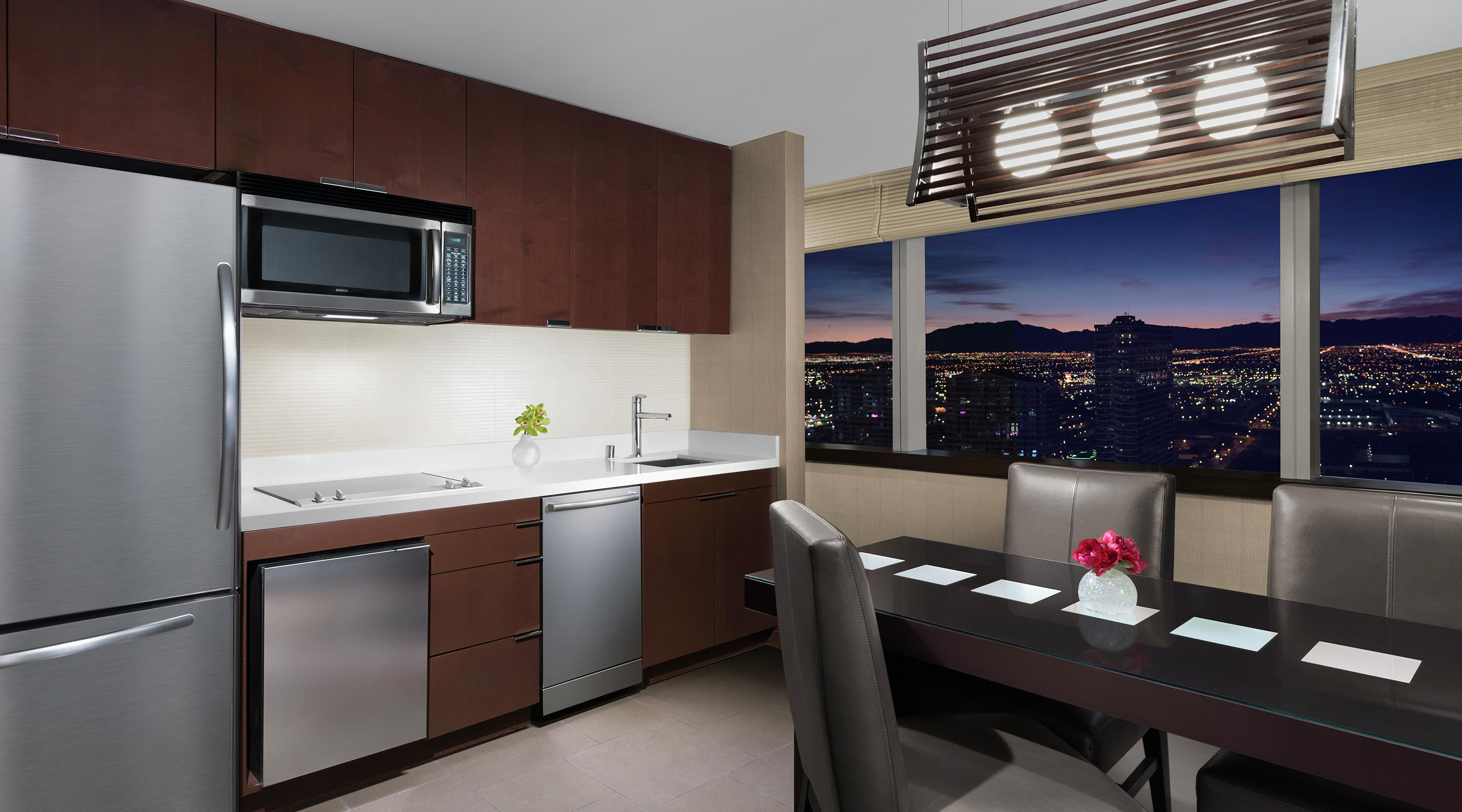 With 270° views and an expansive floor plan, this 811 square foot accommodation gives you perfect views.