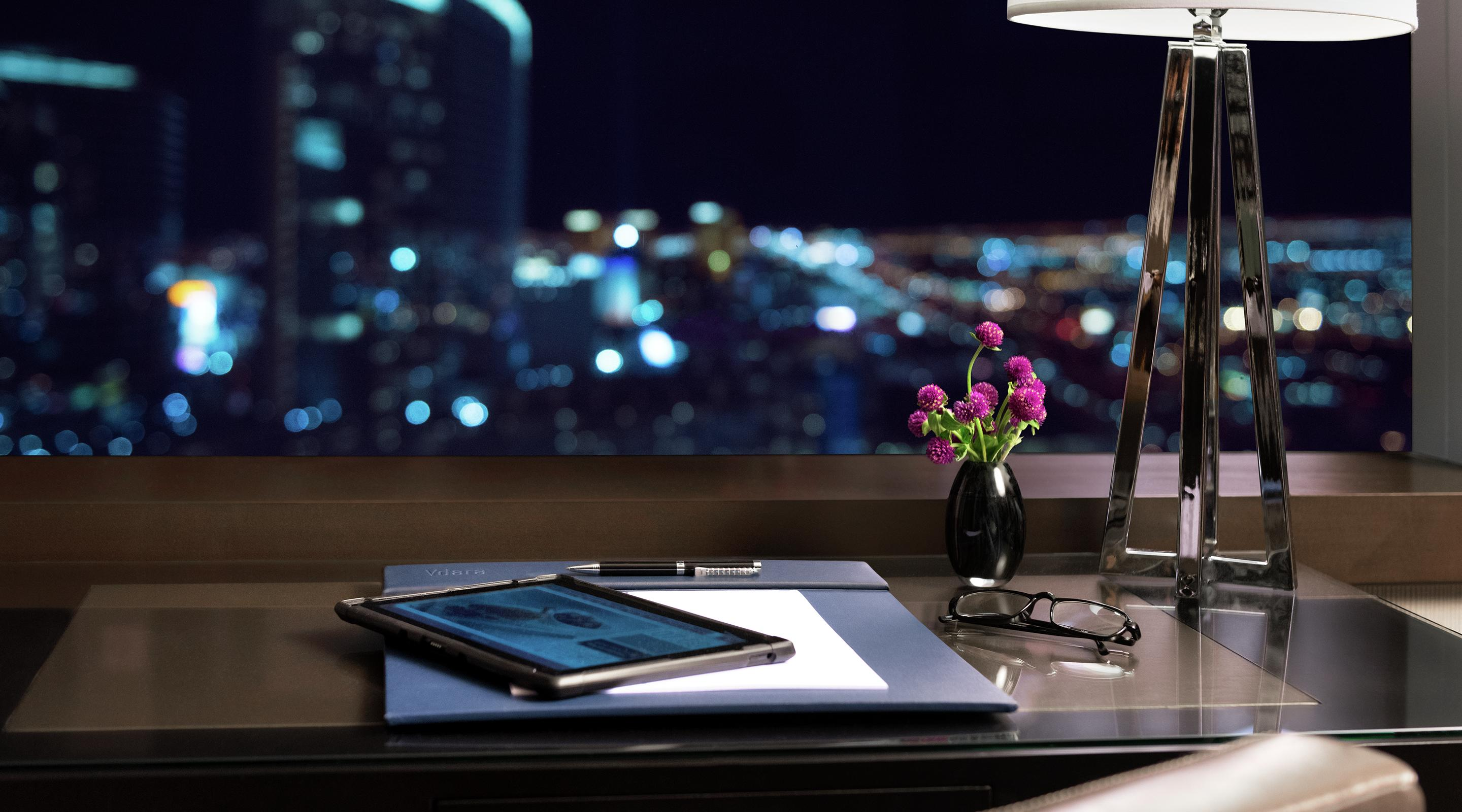Whether it's work or play, Vdara lets you experience Vegas that's uniquely your own.