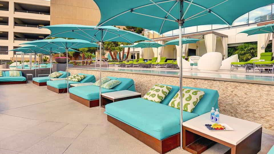 Lounge the day away with a daybed at Pool & Lounge Vdara.